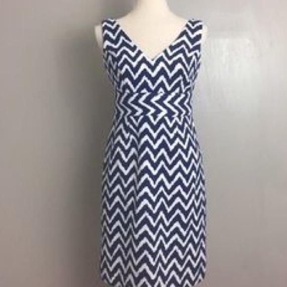 56da3d0bcc Milly New York Navy   White Chevron Dress 4. M 5a70fd8505f430895b6157c0